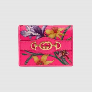 https://www.gucci.com/uk/en_gb/pr/women/womens-accessories/womens-wallets-small-accessories/womens-card-cases/gucci-zumi-grainy-leather-card-case-p-5706601B90X1000?position=1&listName=ProductGrid&categoryPath=Women/Womens-Accessories/Womens-Wallets-Small-Accessories