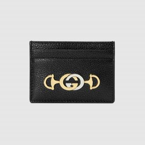 https://www.gucci.com/uk/en_gb/pr/women/womens-accessories/womens-wallets-small-accessories/womens-card-cases/gucci-zumi-grainy-leather-card-case-p-5706791B90X1000?position=2&listName=ProductGrid&categoryPath=Women/Womens-Accessories/Womens-Wallets-Small-Accessories